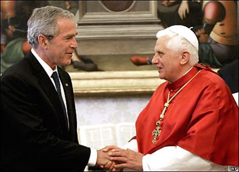 _43029531_papal_ap_2